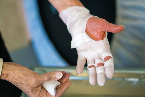 Ergotherapie-Grevenbroich-Handtherapie1